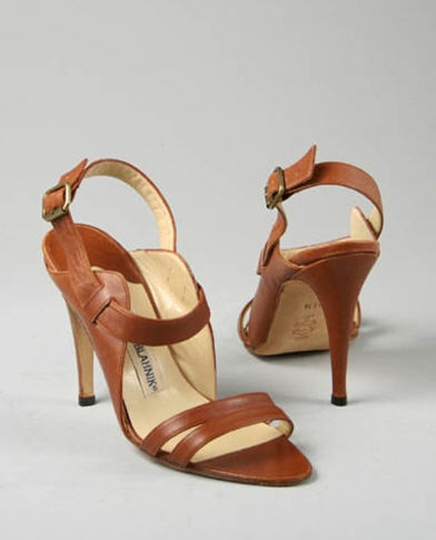 brown-leather-manolo-blahnik-sandal-55