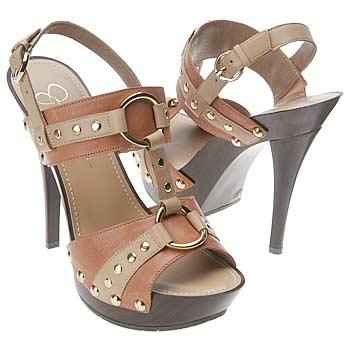 shoes_iaec1166499