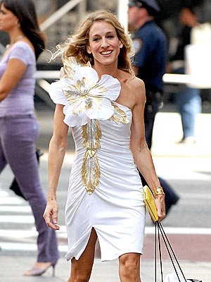 carrie-bradshaw-hibiscus