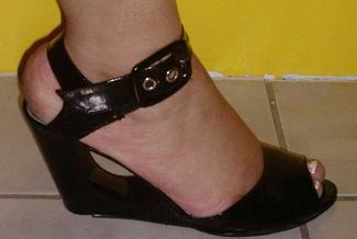 Black top and bottom,black wedge shoe (7)