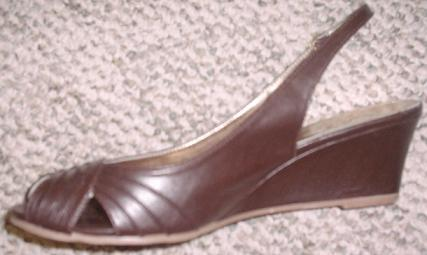 Brown Shoes (1)