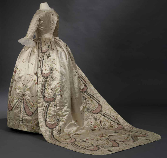 18th-century-court-costume-toronto-marie-antoinette-gown